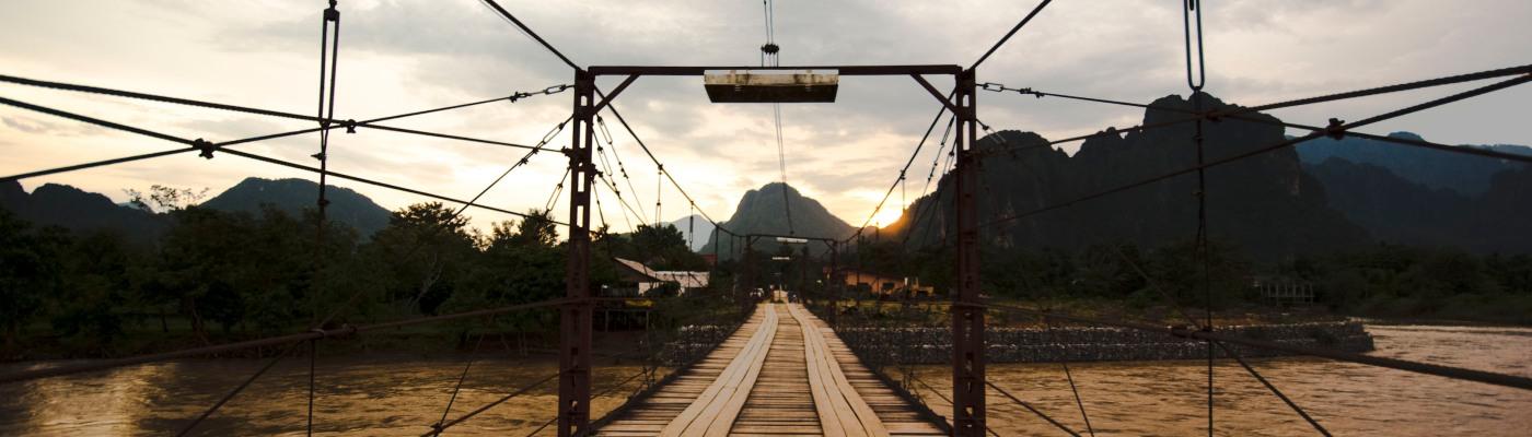 Ponte sul Song a Vang Vieng (Laos)