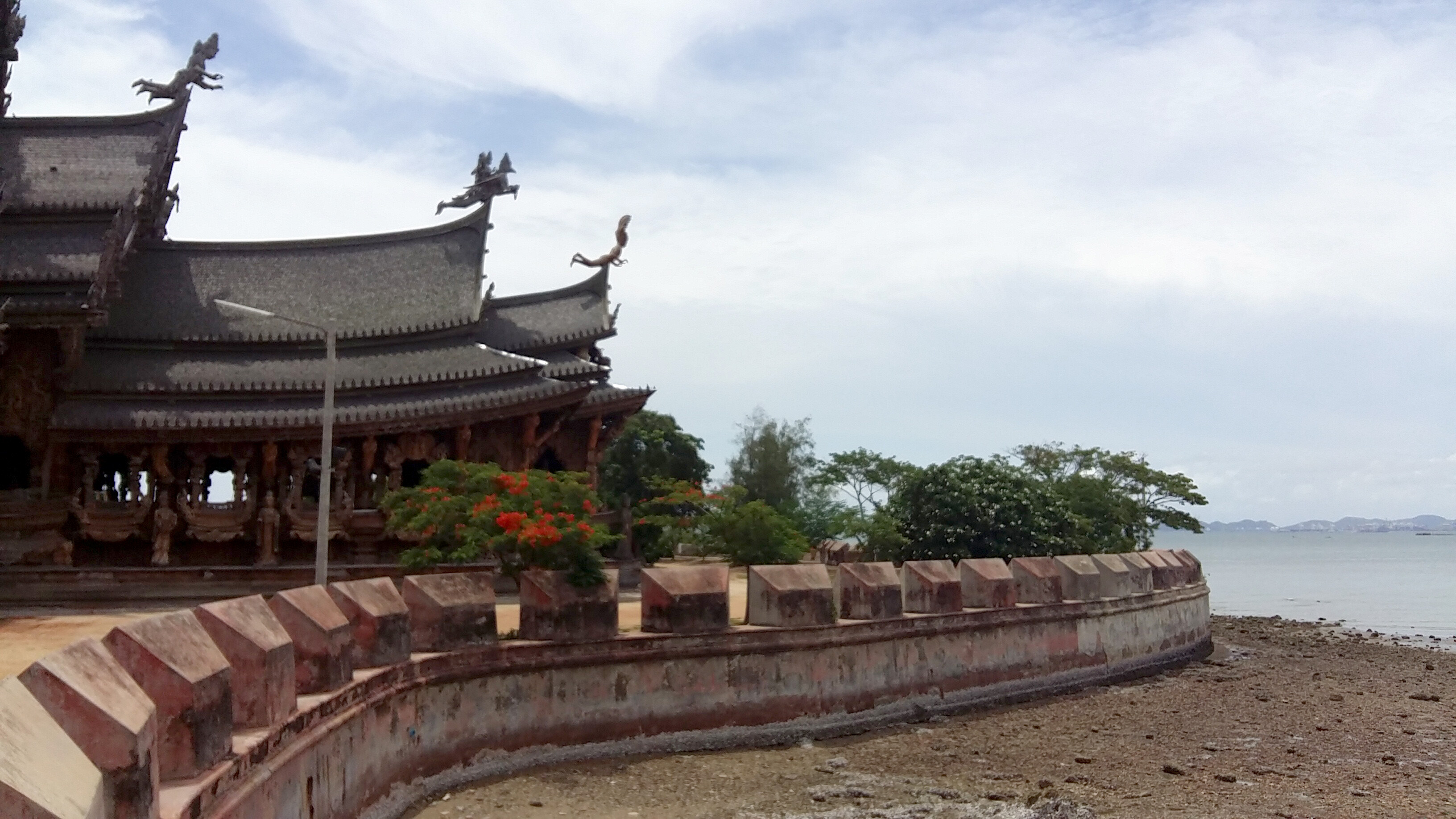 Il Santuario delle verità di Pattaya (Thailandia)